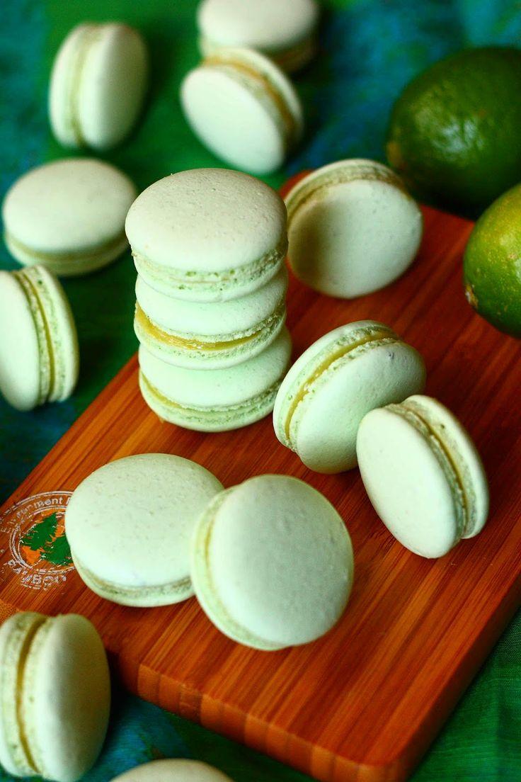 Suklaapossu: Lime macaron-leivokset (italialaisella marengilla)