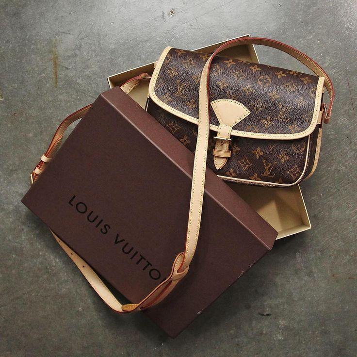 Louis Vuitton Monogram Canvas Sologne Bag