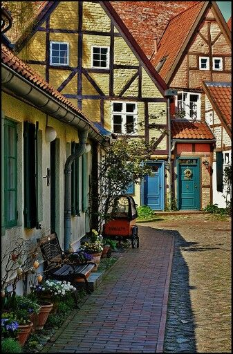 I doubt that anyone could dislike Stralsund. It is pure beauty. And if you love Scandinavian/ Baltic style, then this should be your first stop in Germany.
