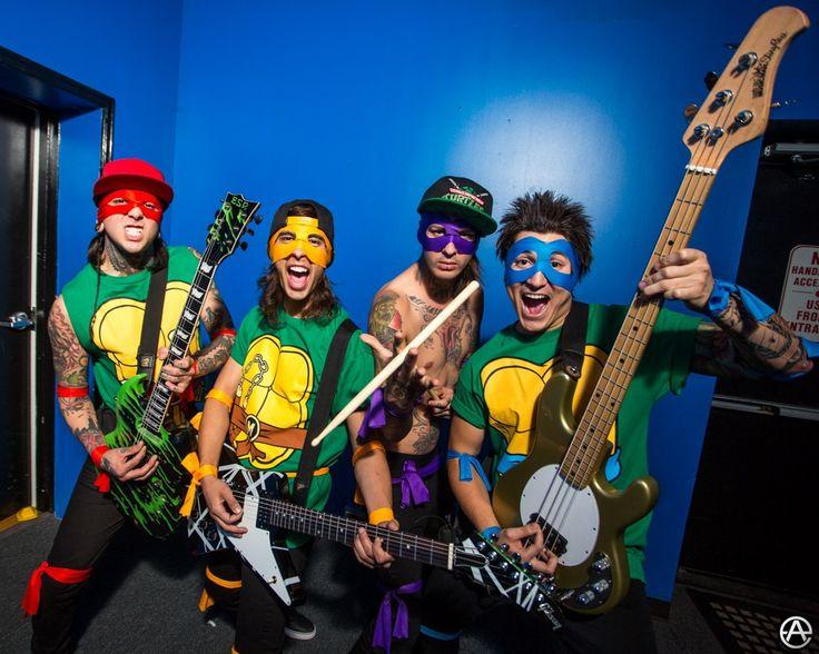 hot band boys in halloween costumes pierce the veil as ninja turtles shirtless band guys pinterest hot band - Band Halloween Costumes