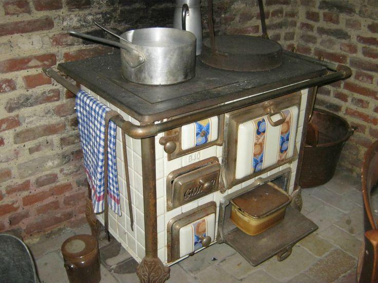 1714 best old cook stoves images on pinterest vintage kitchen kitchens and cooking stove. Black Bedroom Furniture Sets. Home Design Ideas