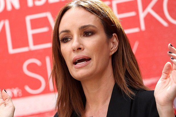 E! News Host Catt Sadler Quits Network Due To Disaprity In Pay