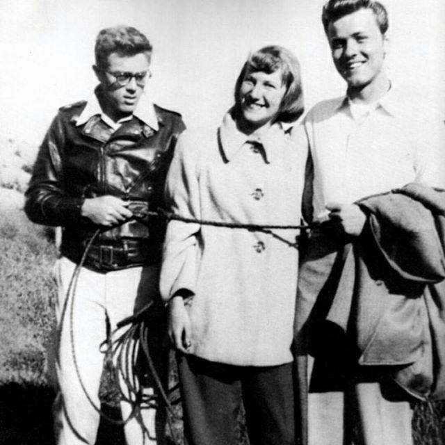 James Dean, Gail MacMath y R.Davalos