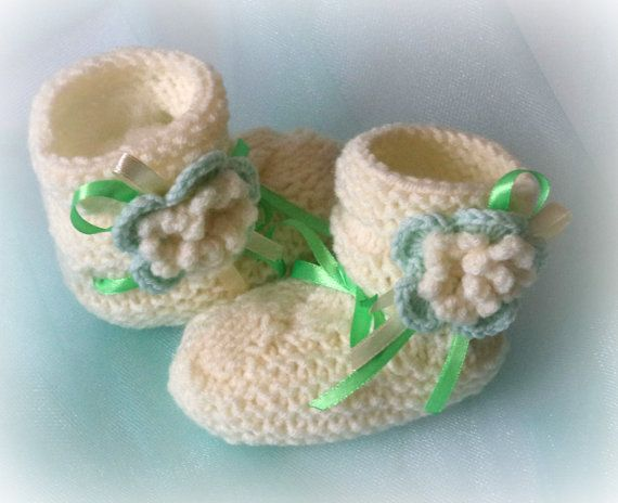 Baby booties baby shoes Baby shoes Girl by LyudmilaHandmade