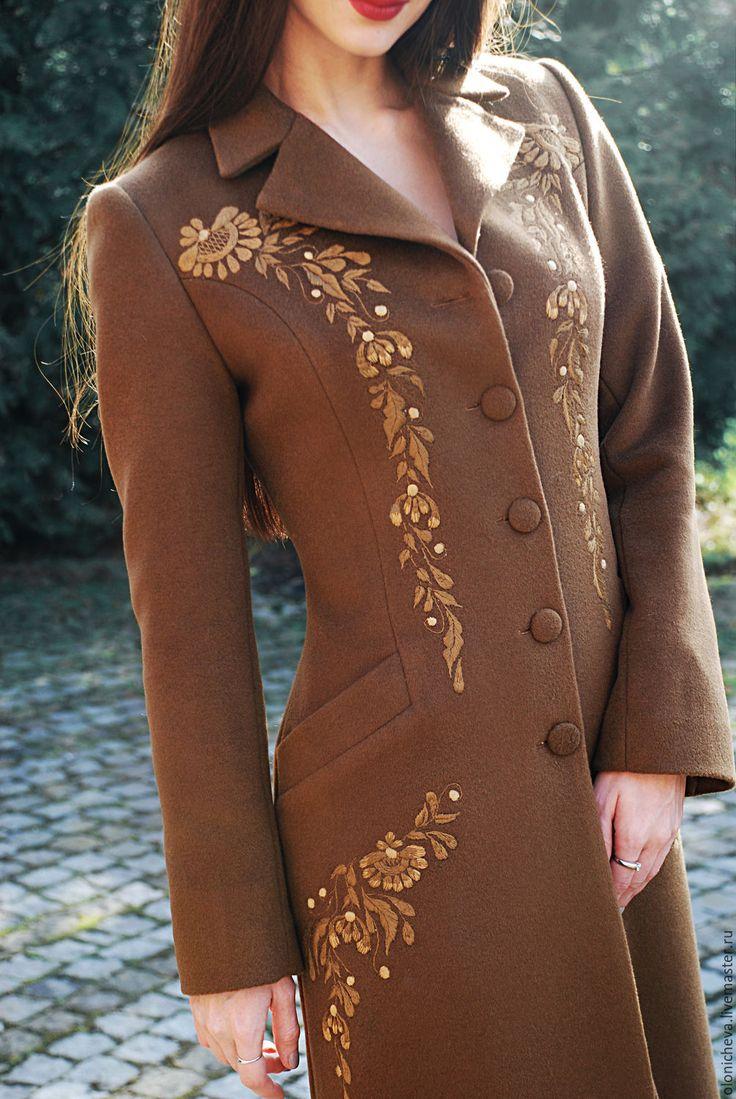 """Купить Вышитое элегантное женское пальто """"Солнечный апрель"""" - коричневый, рисунок, вышитое пальто"""
