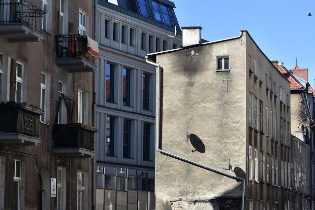trzy w jednym : odrodzone dolne miasto gdańsk  #łąkowa #dolnemiast...