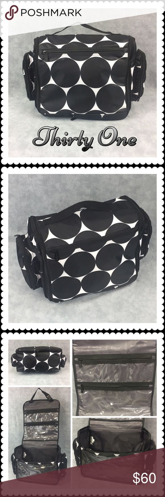 👜 Deluxe Beauty Bag 👜 Deluxe Beauty Bag 👜 Only available to Hostesses, this fabulous travel bag for toiletries is convenient yet full of great details. Pockets galore, lined and netting, hang strap and double zipper closing. Comes with additional bottle bag. Thirty One Bags Travel Bags