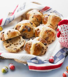 Chocolate Hot Cross Buns - Hot Cross Buns are a traditional favourite for Good Friday and Easter. They are even more delicious with the addition of Cadbury Baking chocolate chips. Yum!