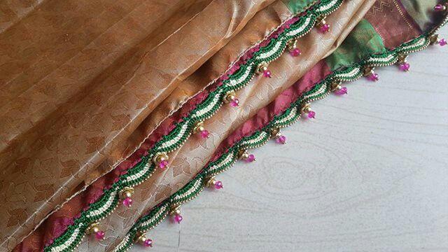 Saree tassels