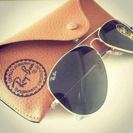 Ray Ban - aviators ;-)) want them, have them check!!! Early bday present!!!!
