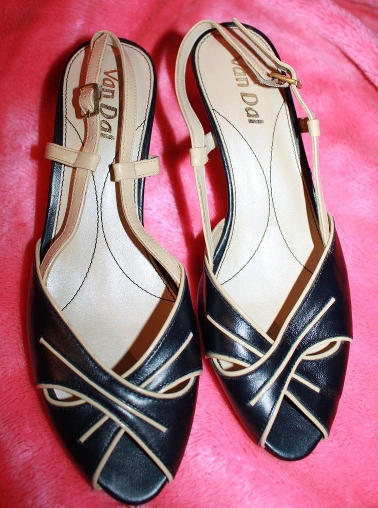 Classy Navy & Cream Leather Career Shoes - NEW - 6.5/7 - Top quality!