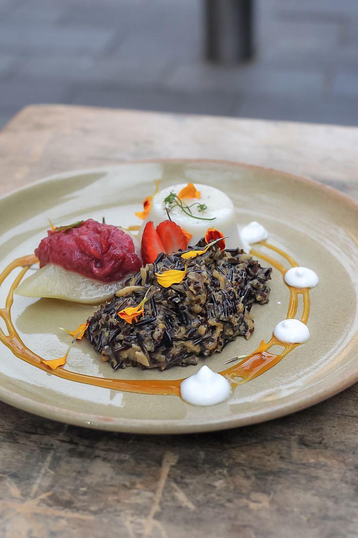 Wild black rice & quinoa porridge at One Penny Black, Newcastle - by heneedsfood blog