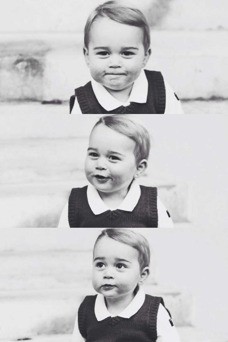 princess-of-oxford:  preppilyeverafter:   Official christmas photographs of Prince George.  Literally what a beautiful child.  I adore him.
