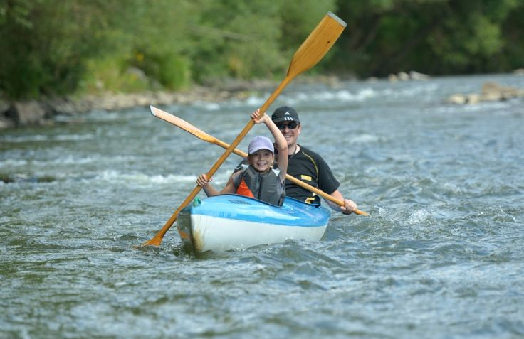 Lubisz sporty wodne, towarzystwo ważek i kąpiele słoneczne? Zrelaksuj się na spływie pontonowym lub kajakowym! http://www.hotelklimek.pl/sport/splywy-pontonowe If you like water sports, the company of dragonflies and sunbathing – choose the rafting or kayaking! http://www.hotelklimek.pl/sport/splywy-pontonowe #sport #free #kayaking #kajakarstwo #activity #relax #relaks #nature