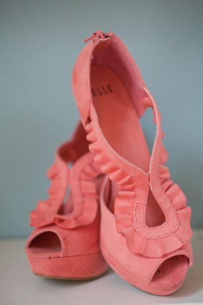 Coral ruffle pumps. I wore these for graduation. One of my favorite pair!: Ruffle Pumps, Fashion, Pink Ruffle, Coral Pumps, Style, Color, Wedding, Coral Ruffle, Shoes Shoes