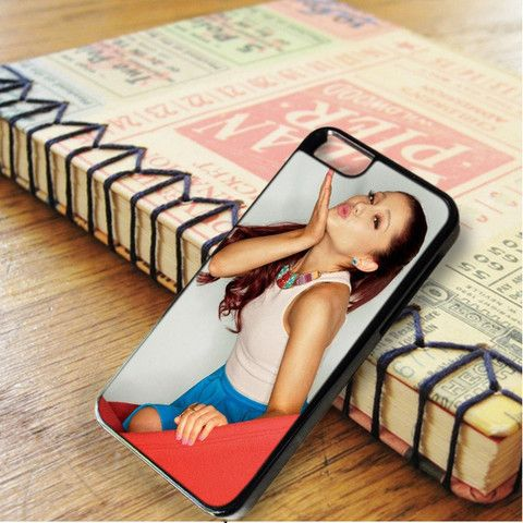 Ariana Grande Cute Kiss iPhone 6|iPhone 6S Case