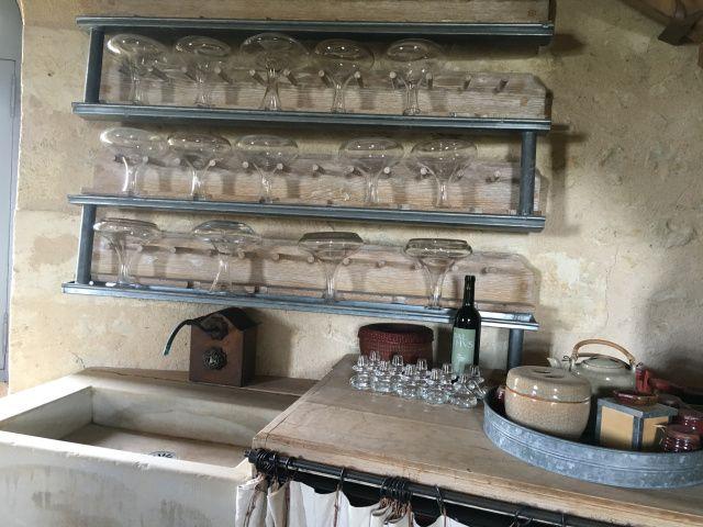 chateau-reignac-oenotourisme-gironde-bordeaux-vin-wine-chai-degustation-tonneau-tonnellerie-fabrication-decouverte-visite-bateau-garonne-fleuve-verre-rouge-blanc (46)