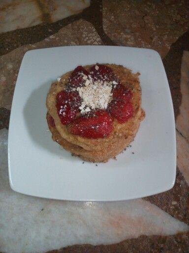 Hotcakes -oats- strawberries chia Healthy breakfast
