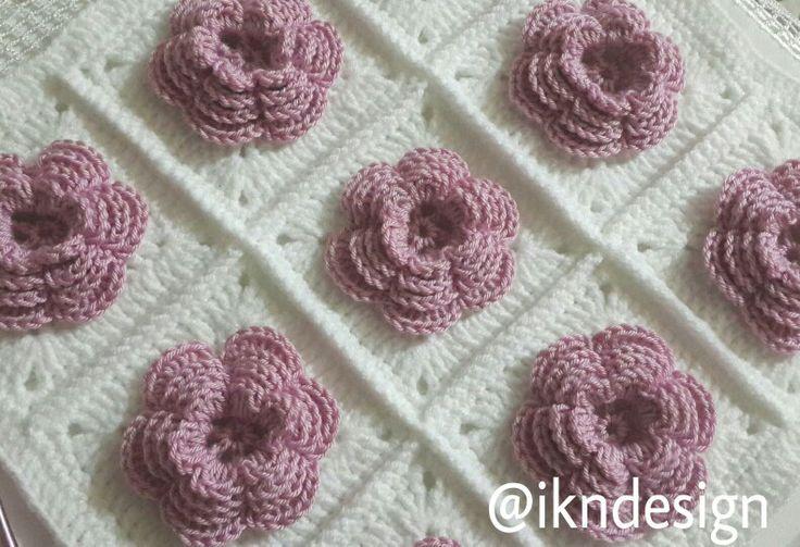 #orguyastik #knittingpillow #gullumotif #crochet #knittlove