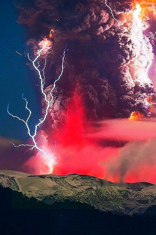 From the south of Chile is Volcano Chaiten 2008 eruption. An also is a award winning picture.