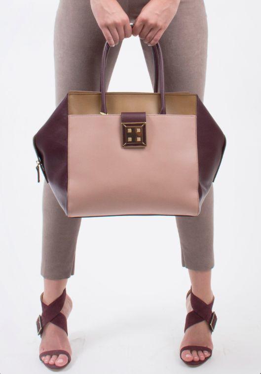 Head to Toe Centro  Rose & Wine Leather Tote Bag // Leather Stretch Pants // Wine Duccio Venturi Bottier Sandals #madeinitaly