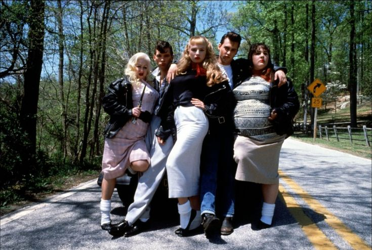 Cry-Baby - Lake Ricki - Traci Lords - Johnny Depp - Darren E. Burrows Image 5…