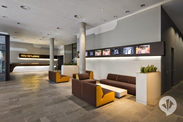 http://www.homedesignlove.com/2014/08/unique-office-design-of-dan-pearlman.html