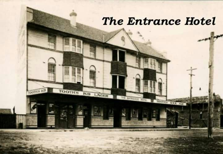 NSW - The Entrance - The Entrance Hotel - photo year unknown - located between Sydney and Newcastle.