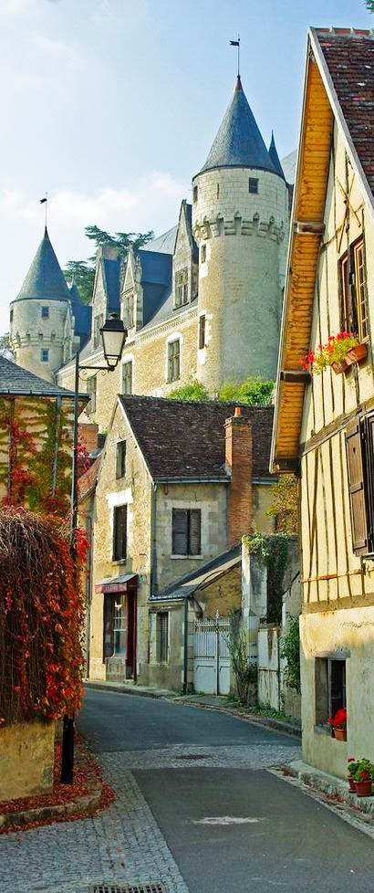 Here are the absolute top must-visit cities in France! Our #1 pick is....