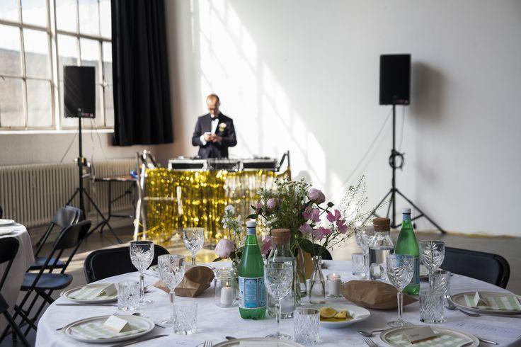 Wedding // Table // DJ'ing Groom // Gold