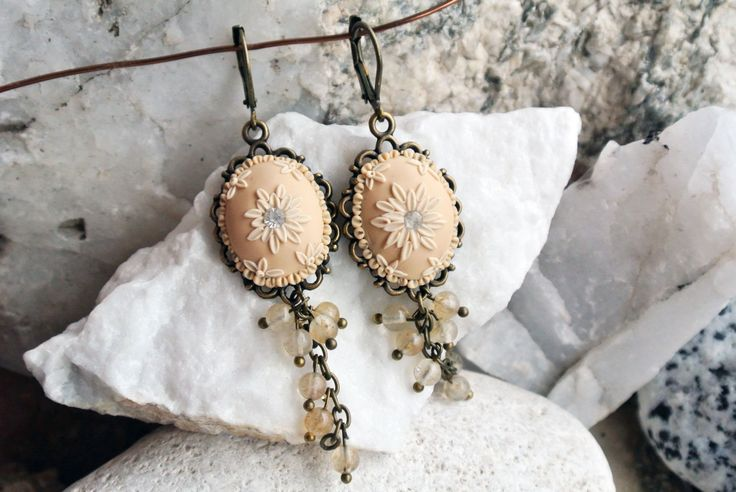 Beige earrings nude earrings nude flower earrings Champagne Earrings Beige Wedding Jewelry Bridesmaid Earrings Bridal Jewelry clay earrings pastel earrings Agate geode earrings nude earrings beige earrings bridal earrings beige flower earring Champagne Earrings Beige Wedding Wedding Jewelry Bridesmaid Earrings Bridal Jewelry gift for her 34.00 USD #goriani