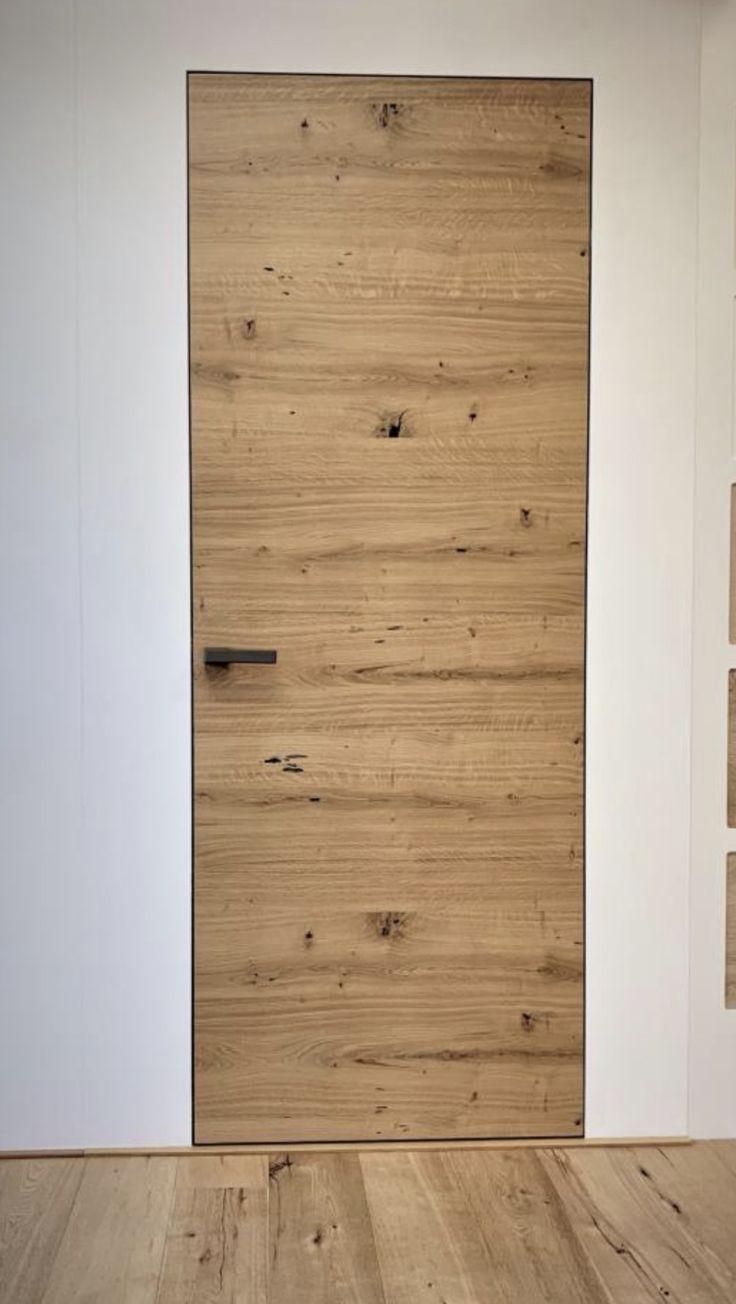 Portas interiores sem moldura, sem moldura, niveladas e niveladas.    – Ideen Haus