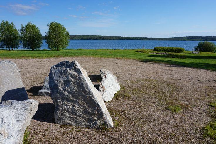 Erinomaiset maisemat matkalla Taivalkoskelle. Kesäkuu 2015.