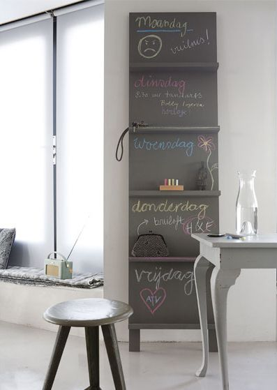 Het vtwonen pronkrek...: Idea, Design Interiors, Chalkboards Paintings, Interiors Design, Hotels Interiors, Chalk Boards, Chalkboards Shelves, Blackboard Paintings, Design Home
