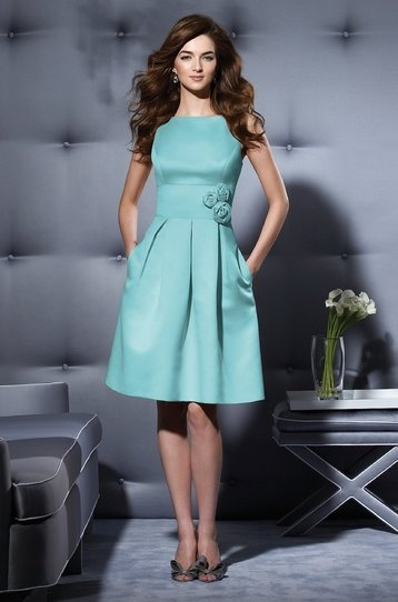 would love this as a bridesmaid dress for my daughter
