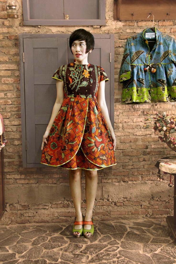 @ Batik Amarillis studio Wearing Batik Amarillis's Blooming dress in batik repro classic buketan cirebon