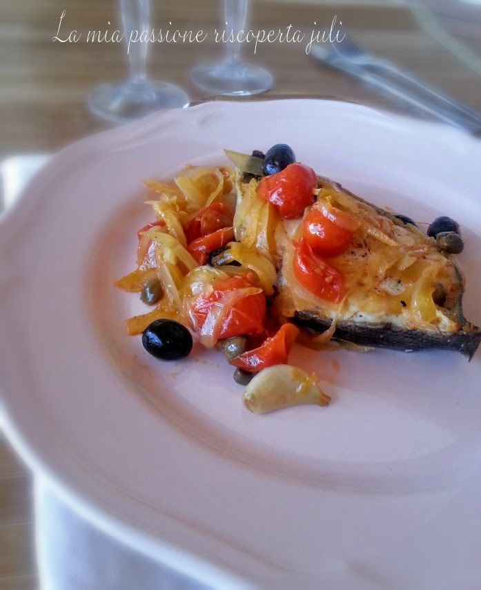 Cernia con pomodorino,La cernia è molto apprezzata per le sue carni saporite, che la rendono adatta a numerose ricette: ottima per condire la pasta, è spes