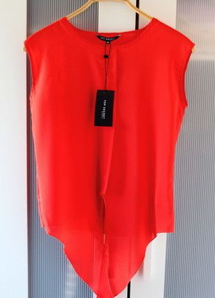 Kup mój przedmiot na #Vinted http://www.vinted.pl/kobiety/koszule/9736262-czerwona-koszula-wiazana-na-dole