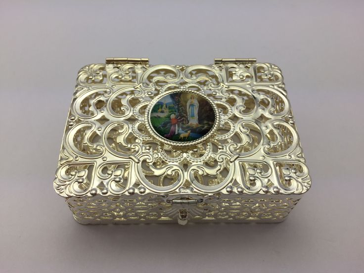 Silver Rosary Box Depicting the Apparitions.