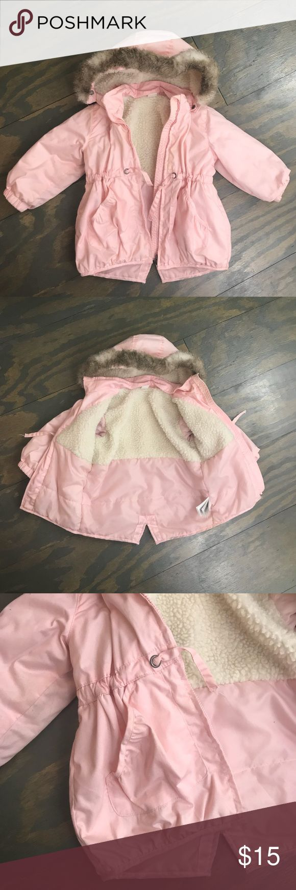 Toddler Girls Pink Parka w/ Fur Hood. Size 2T Toddler Girls Pink Parka w/ Fur Hood. Size 2T. Good used condition. Dirawstring waist. Detachable hood and Fur. Machine Washable. Back sleeve does have some minor stain. Don't think it will come out in wash. Very unnoticeable. H&M Jackets & Coats