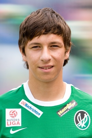 robert zulj in sv ried dress