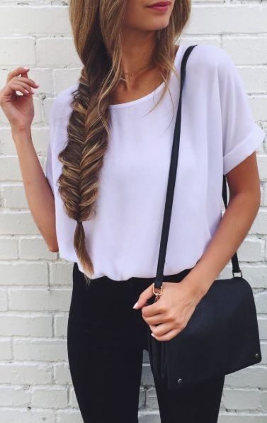 Casual look | Fishtail, white loose blouse and black pants                                                                                                                                                      Más