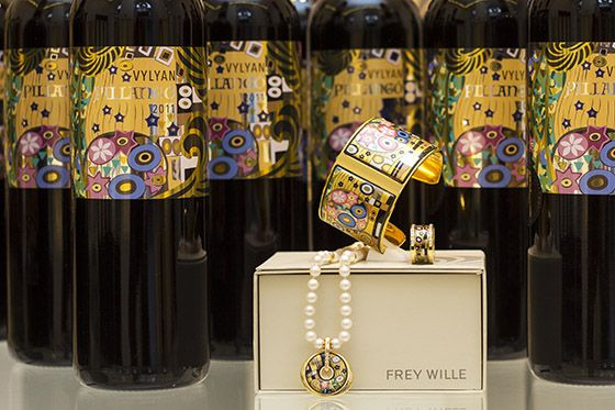 Wine & Art made with Love The Frey Wille celebratory wine labels (Vylyan, Pillangó 2011)
