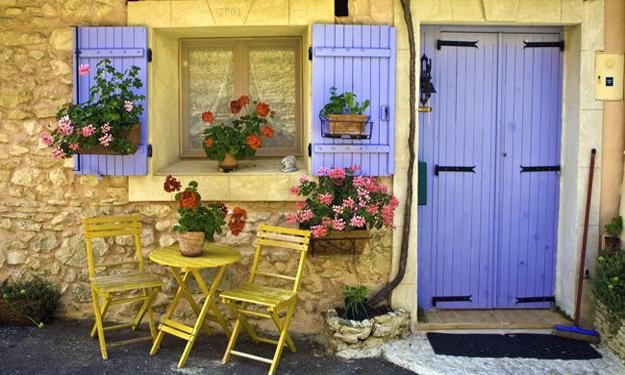 home decorating ideas in provencal style -shabby chic -French decorating