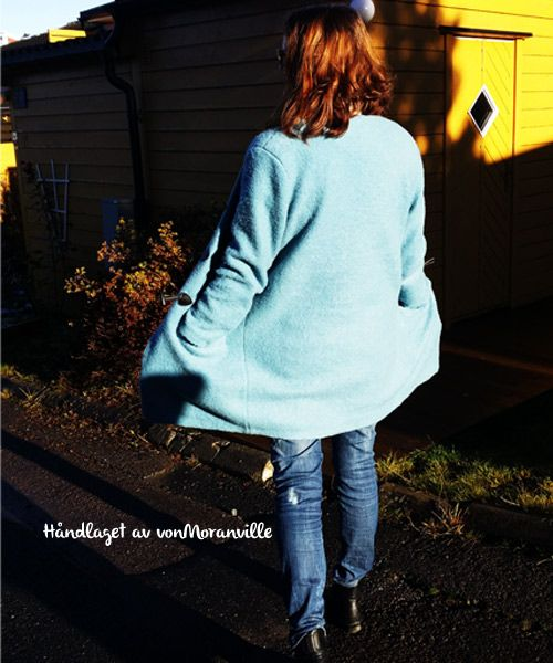 Homemade wool coat! Pattern from Stoff&Stil. Love the color!
