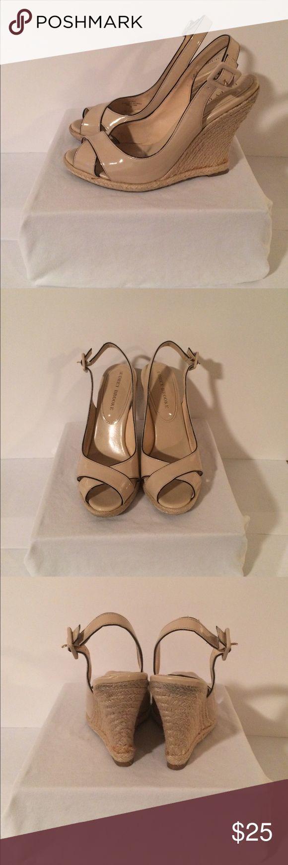 Audrey Brooke Espadrille Wedge Sandals Size 8M Audrey Brooke Creme Espadrille Wedge Sandals Size 8M Audrey Brooke Shoes Sandals