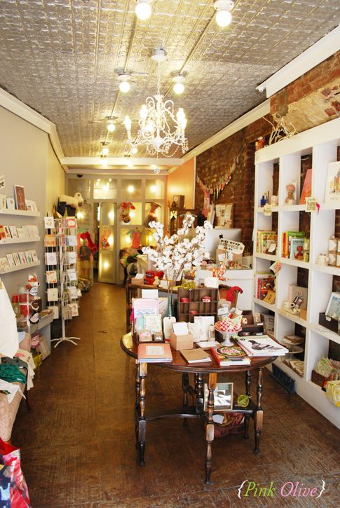 Pink Olive, one of my favorite stores in NY, always something pretty to be found here!