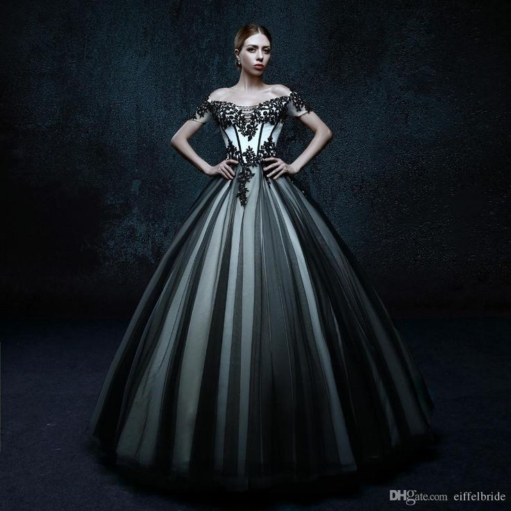 Popular New Arrival Off The Shoulder A Line Appliques Black And White Wedding Dresses Bridal Gowns