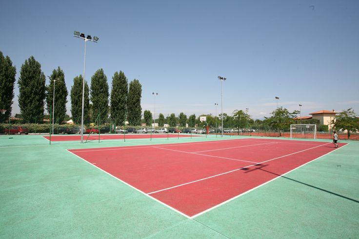 sport lago Garda, villaggio Sirmione, tennis