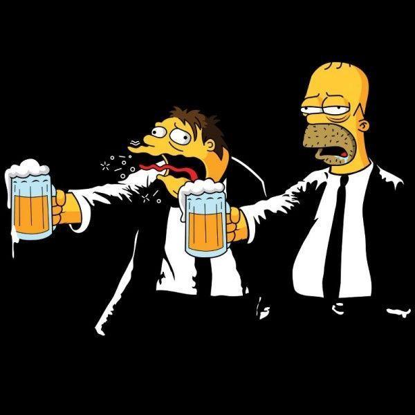 Una camiseta protagonizada por Homer Simpson y Barney Gumble al más puro estilo Vincent y Jules de la película Pulp Fiction
